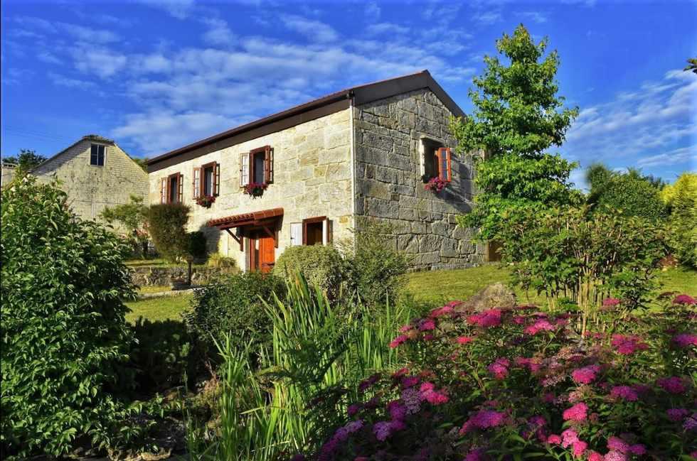 Mondariz. Alquiler por habitaciones en casa rural A Cantaruxa Maruxa, Vilasobroso, Pontevedra.