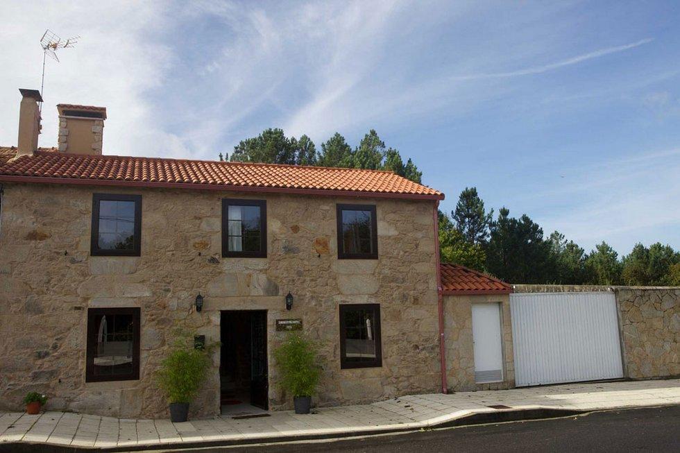A Casa Vella, casa rural con jardín y barbacoa en A Estrada, Pontevedra