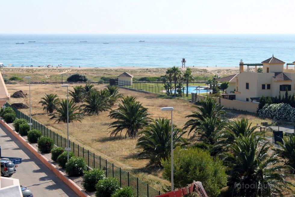 Apartamentos primera linea, Urbanización Mar de Plata en Zahara de los Atunes