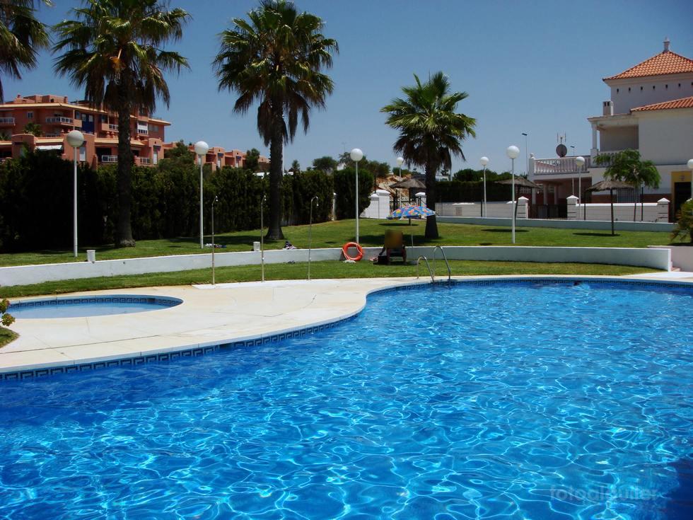 Chalet para vacaciones en Islantilla, Urbanización La Gaviota, Huelva