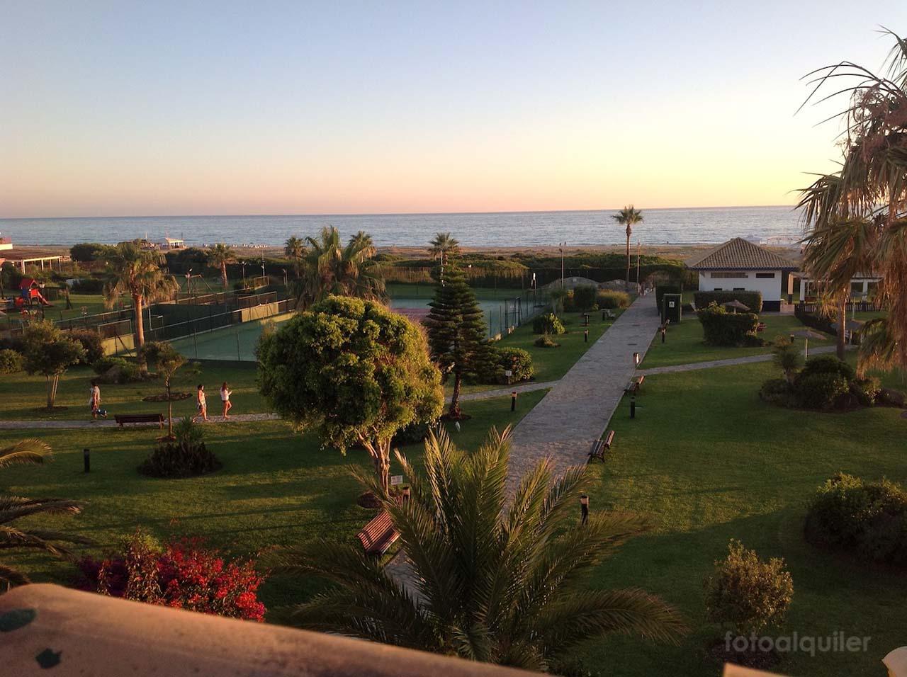 Primera linea de playa. Chalet en Atlanterra Playa, Zahara de los Atunes