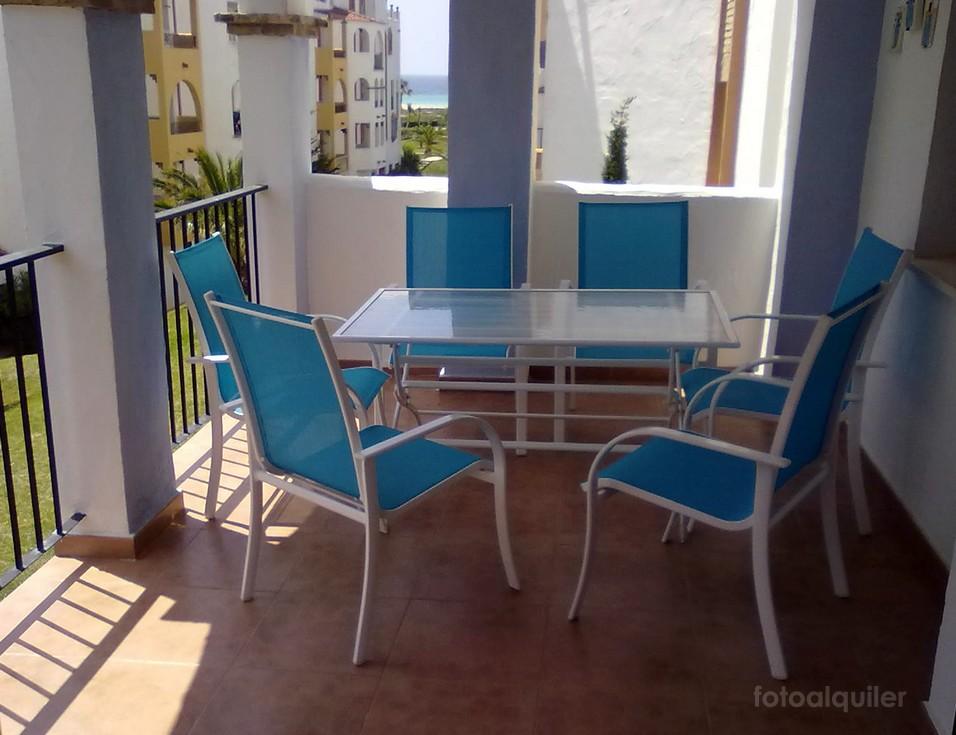 Apartamento con vistas al mar en primera línea en Zahara de los Atunes