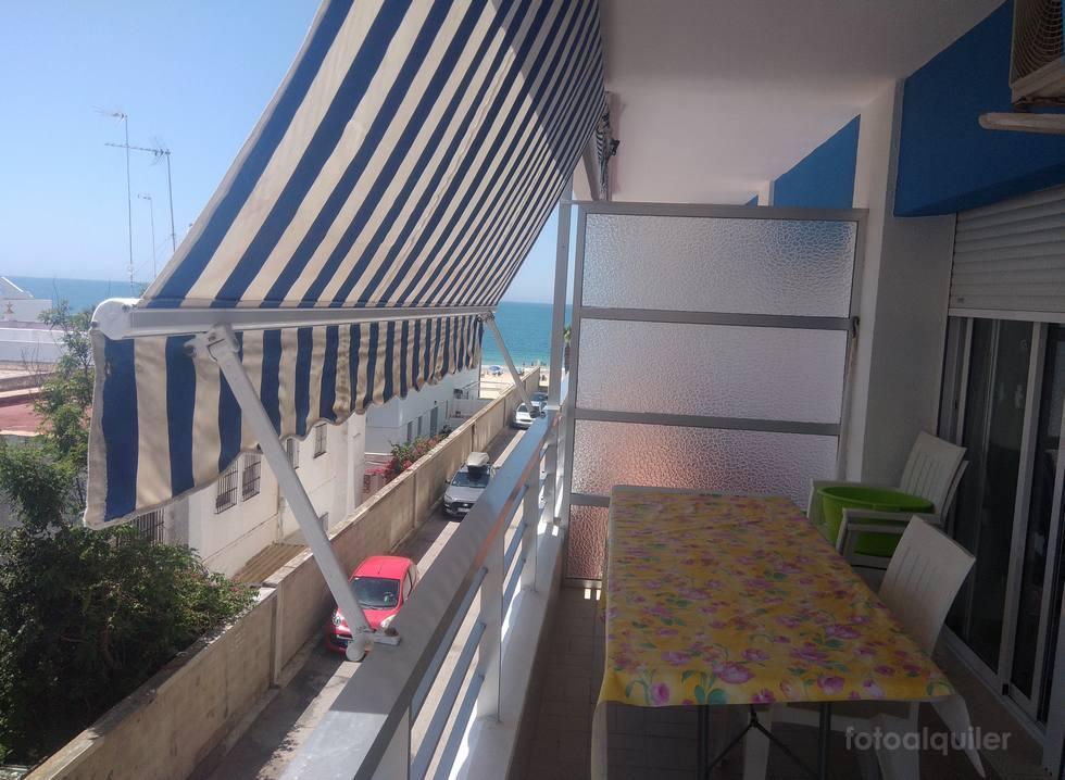 Alquiler de apartamento en primera linea playa en Rota