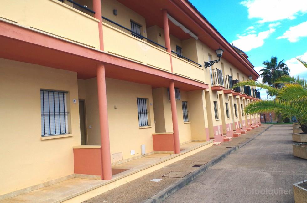 Alquiler de apartamento en La Antilla, Urbanización Pinares de Lepe, Huelva, ref.: a398