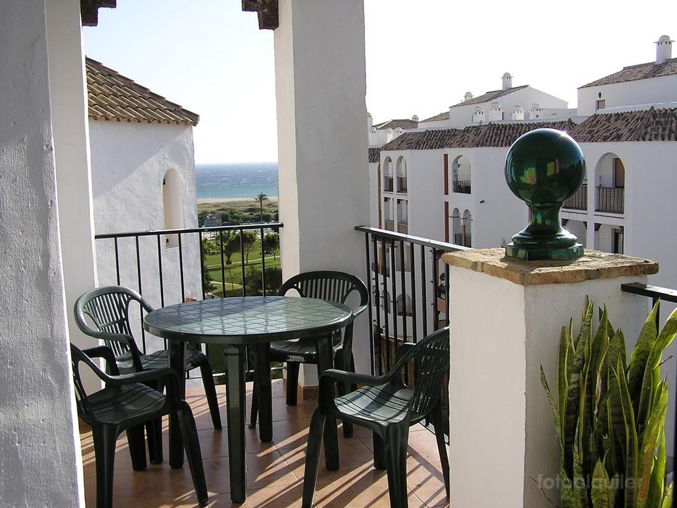 Zahara de los Atunes, Atico con dos dormitorios en Atlanterra Playa