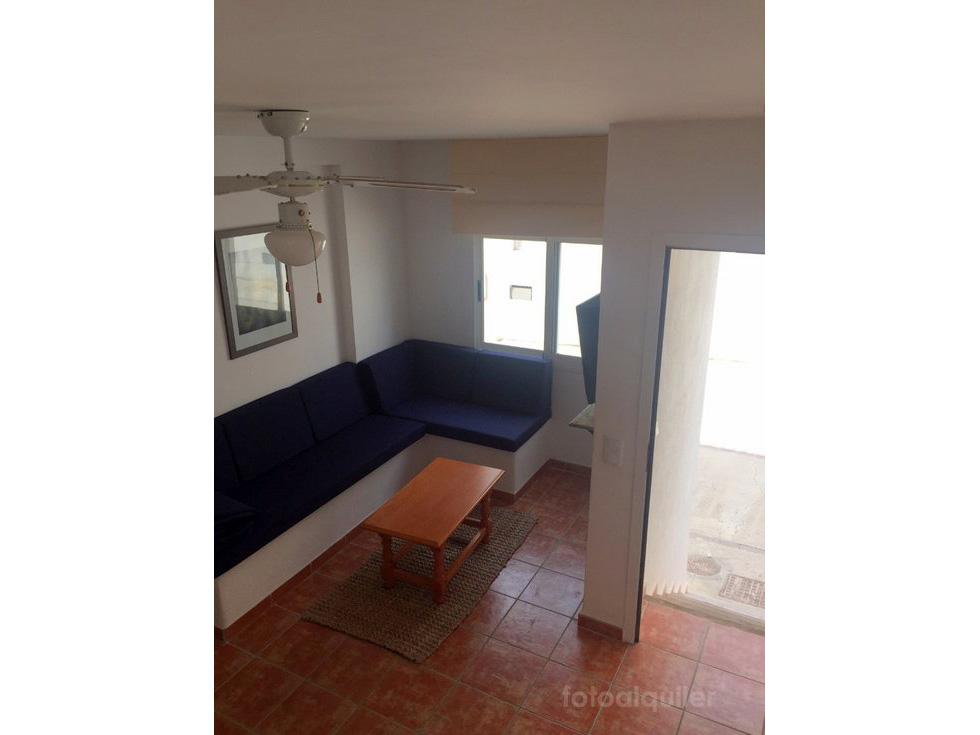 Apartamento dúplex a 100 metros de la playa de Agua Amarga, Almeria