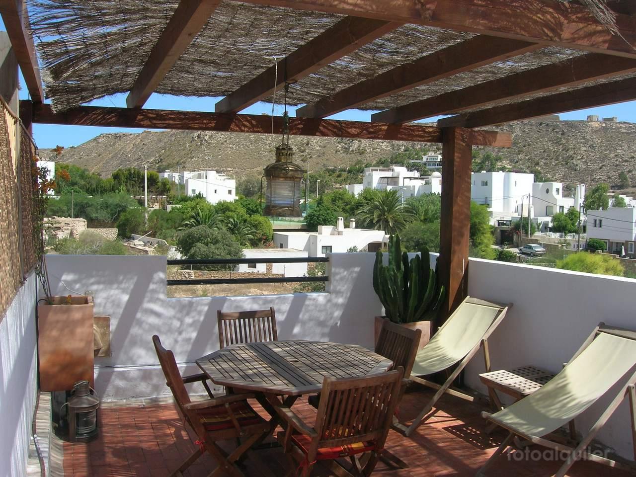 Apartamento duplex con vistas al mar en Agua Amarga, Almería