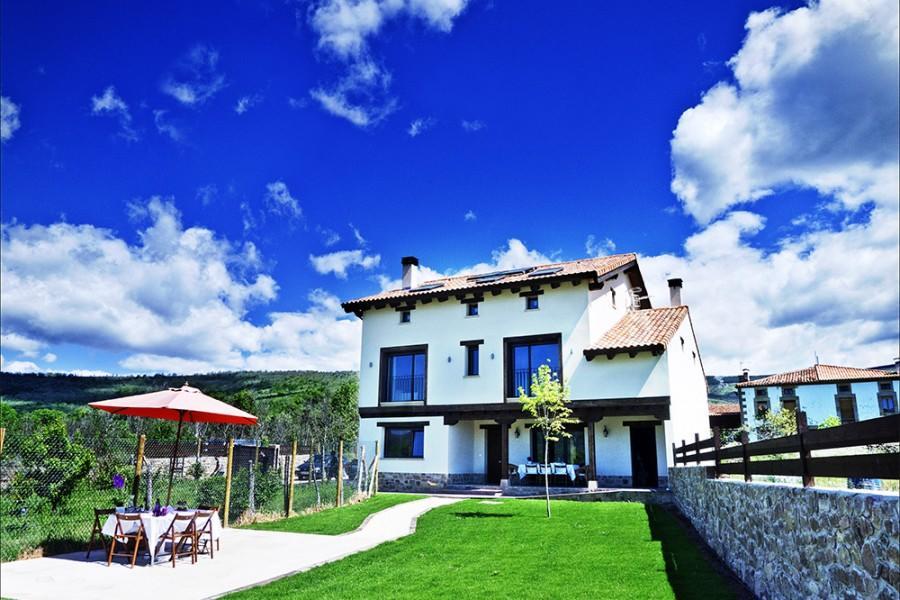 Alquiler de Casa Rural Alborada del Valle en  Valdeavellano de Tera, Soria.