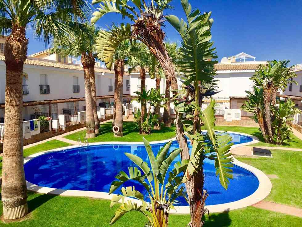 Alquiler de bungalow en Alcocéber, urbanización Palm Beach I, Castellón