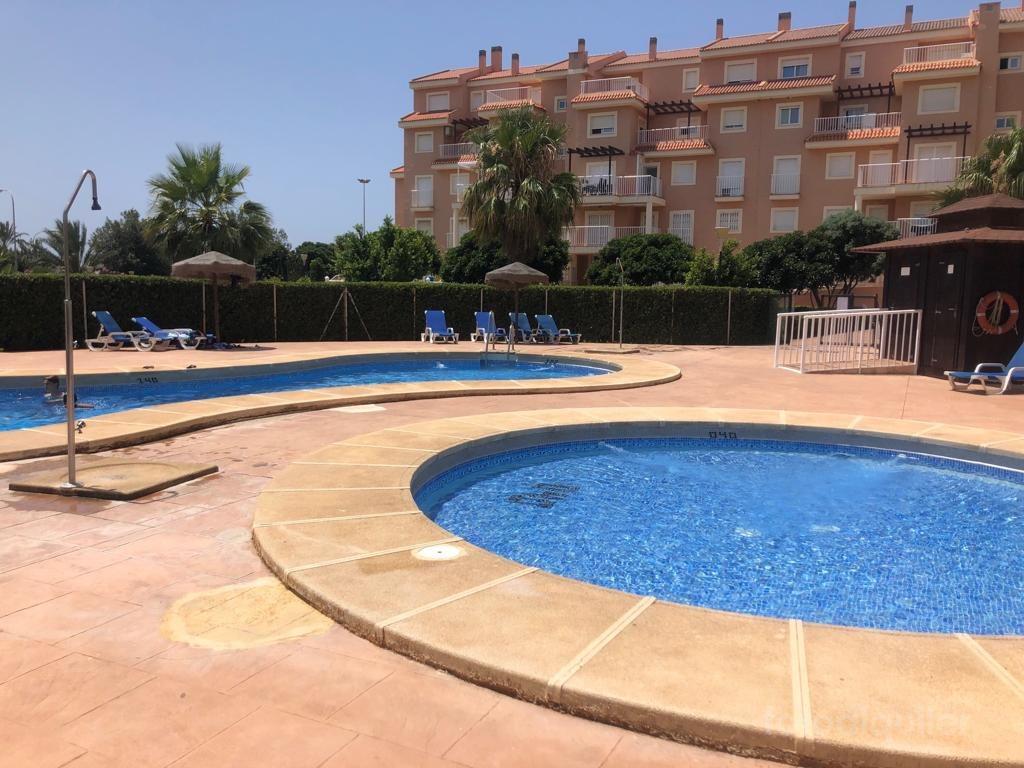 Apartamento en primera línea playa en Almerimar, Residencial Marina San Miguel, Almería