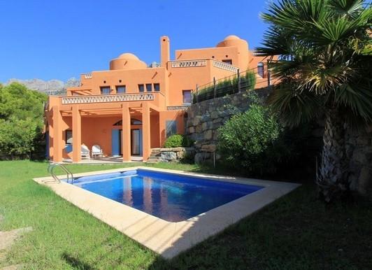 Alquiler de villa con piscina privada en el Residencial La Medina en Altea, Alicante, ref.: altea-10829