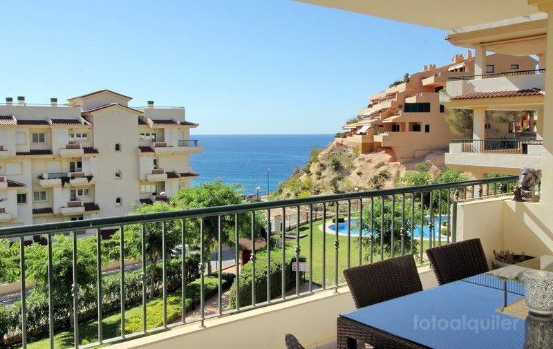 Alquiler de apartamento en la urbanización Oasis Beach Mascarat en Mascarat, Altea, Alicante, ref.: altea-10835