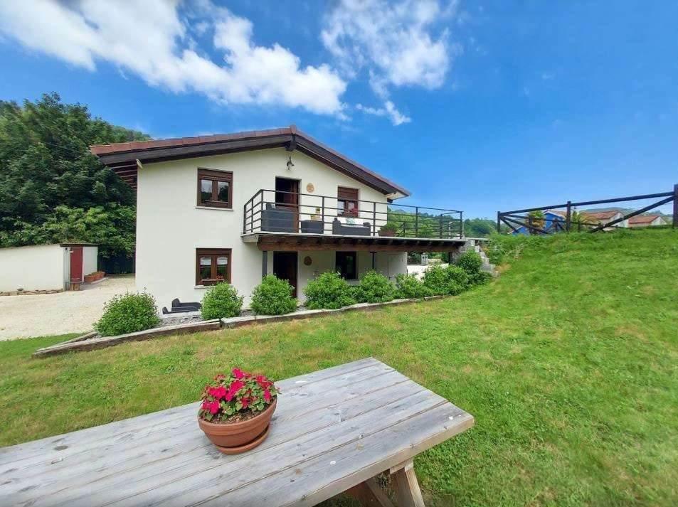 Apartamentos Turísticos La Teyera en Cangas de Onís, Asturias.