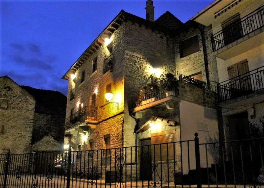 Apartamentos Casa Maza en Biescas, Huesca, Ref: apartamentoscasamaza