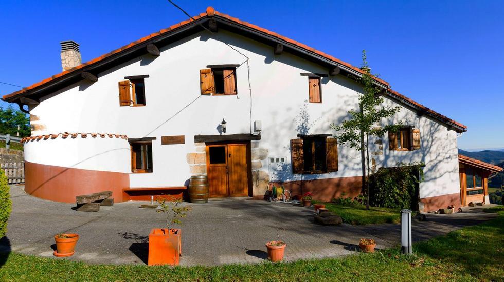 Casa rural Aterbe en Leintz-Gatzaga, Salinas de Léniz, Guipúzcoa