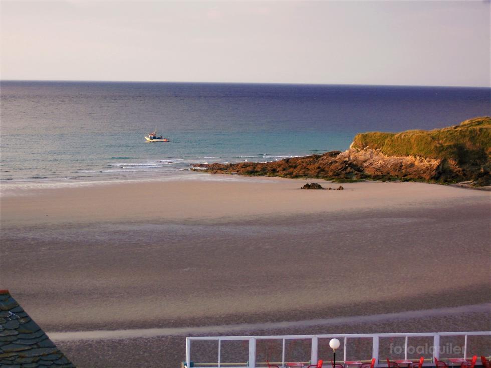 Apartamento ático en primera línea de playa de Altar en Barreiros, Lugo