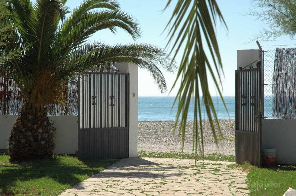 Alquiler de chalet en primera línea de playa, en Benicarló, Castellón, ref.: benicarlo-10944