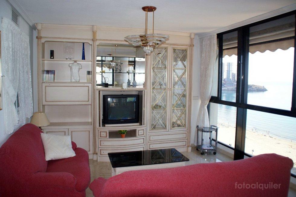 Piso de 3 dormitorios en primera línea de playa en Benidorm