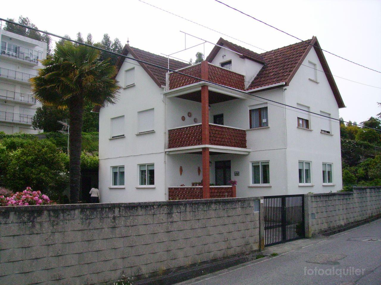 Alquiler de piso en casa con finca, Playa de Beluso, Bueu, Pontevedra, ref.: bueu5531