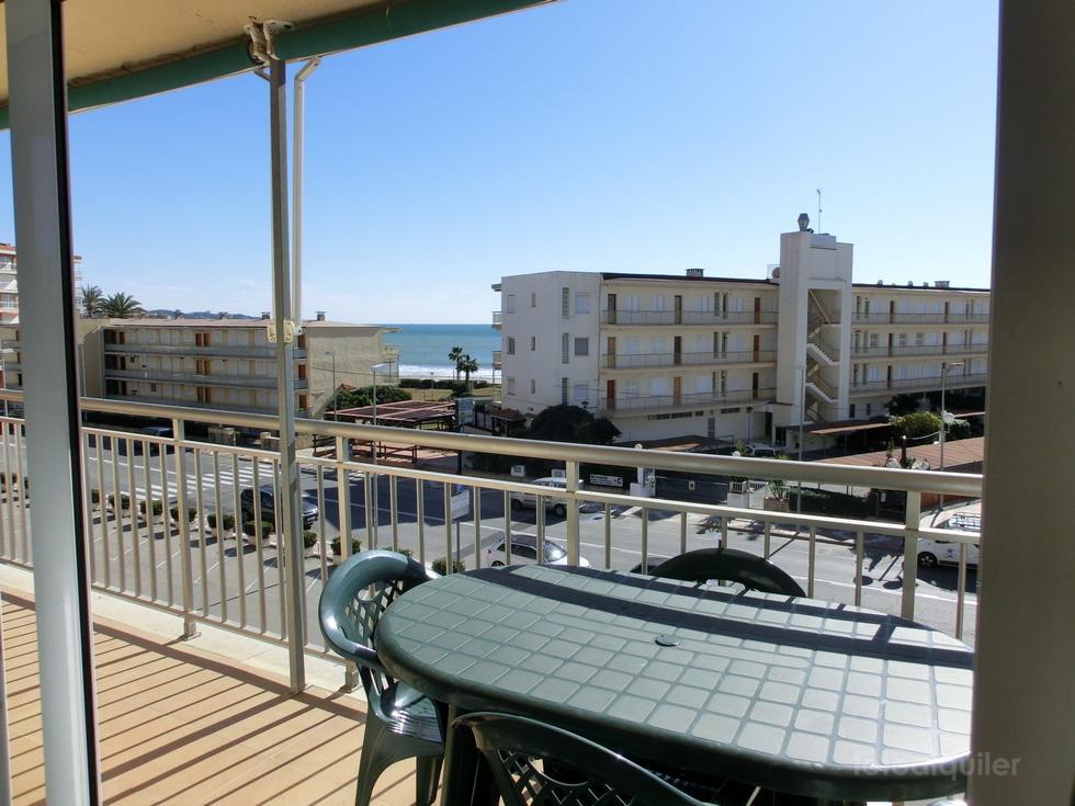 Alquiler de piso con 3 dormitorios en Cambrils, Tarragona