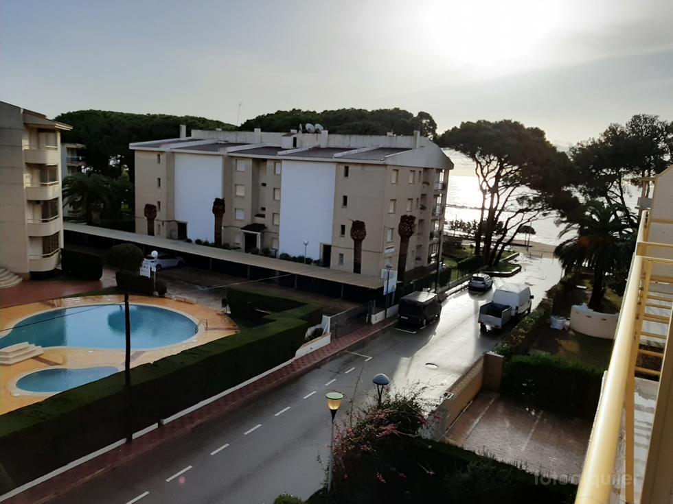 Apartamento dúplex en laurbanización 3 Carabelas, Cambrils, Tarragona.