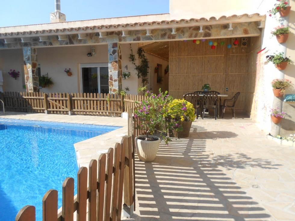 Can Pantoni, casa rural con piscina en el Delta del Ebro, Deltebre, Tarragona