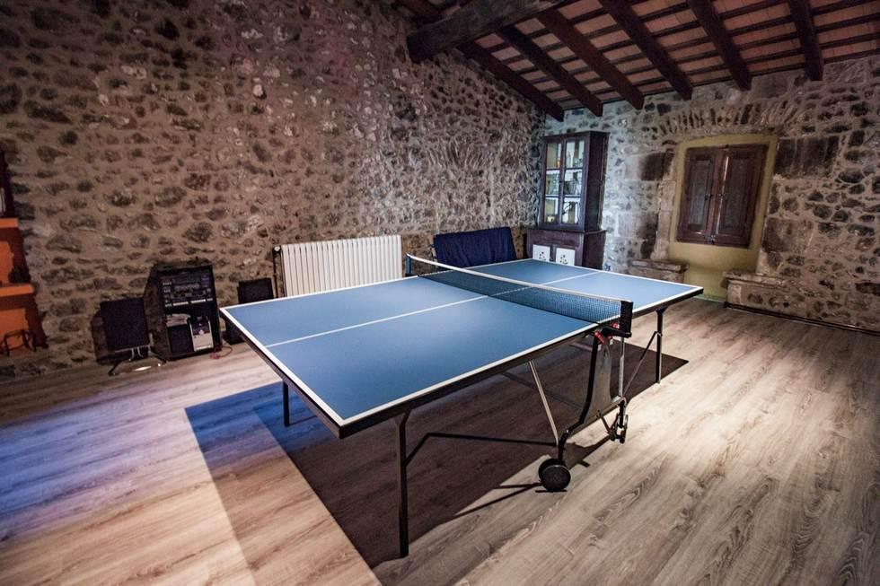 Can Mau, casa rural en Sant Feliu de Pallerols, Girona
