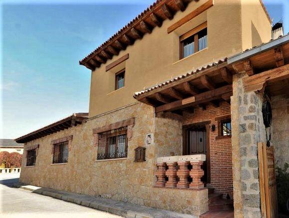 El Capricho, casa rural con jacuzzi en Segovia, Otero de los Herreros