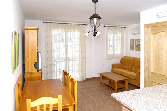 Alquiler de apartamento a 50 metros de la playa en Carboneras, Almeria