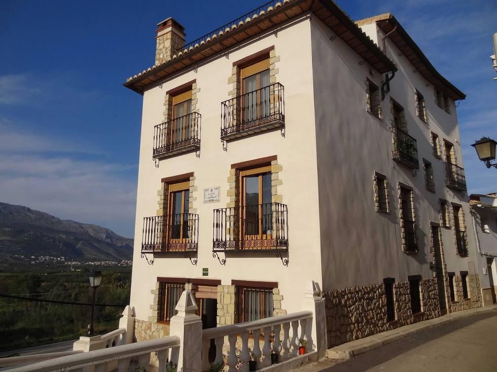 Apartamentos rurales La Casa del Carrebaix en Orba,  Alicante