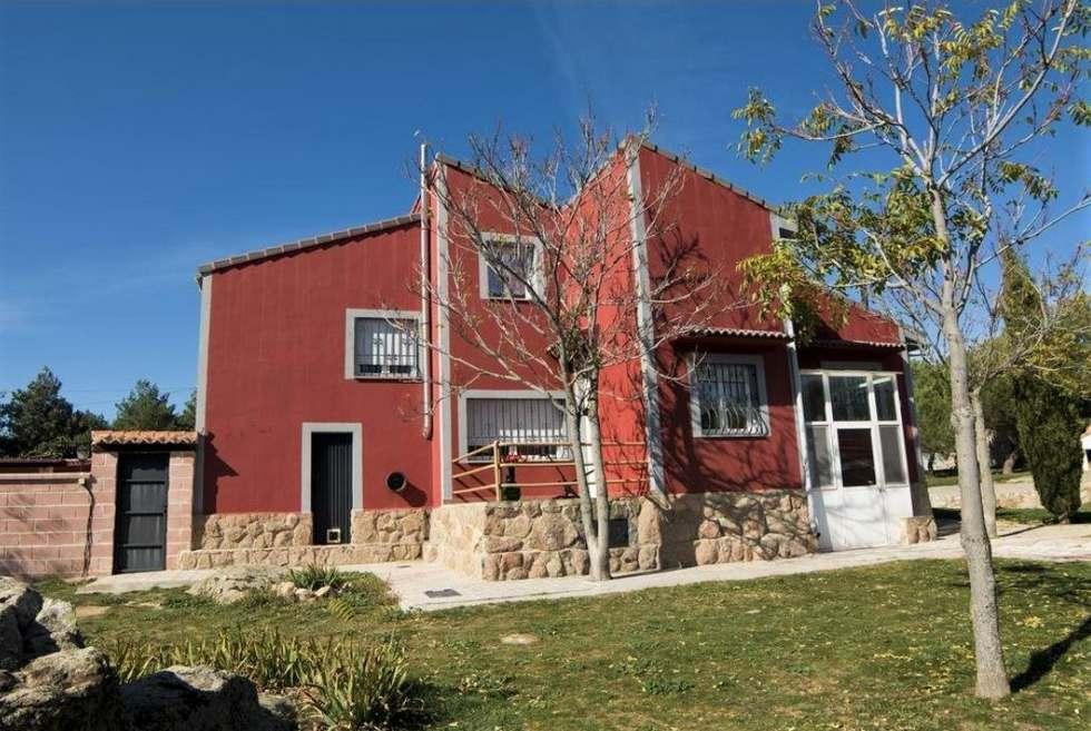 Casa Carlentini, casa rural con jardín y barbacoa en el Valle de Amblés en Avila, Martiherrero