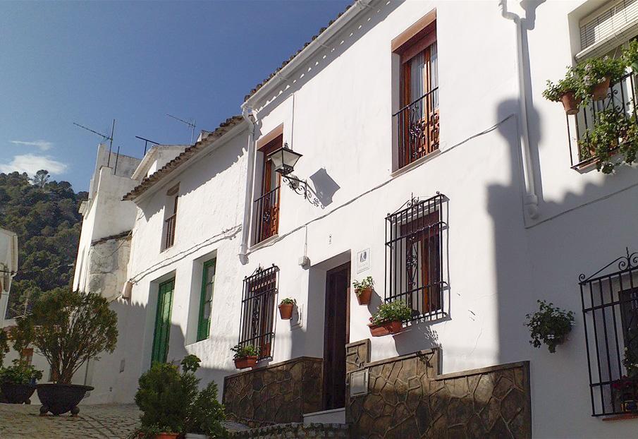 Casa Cuartel El Gastor, casa rural en El Gastor, Cádiz, Ruta de los Pueblos Blancos