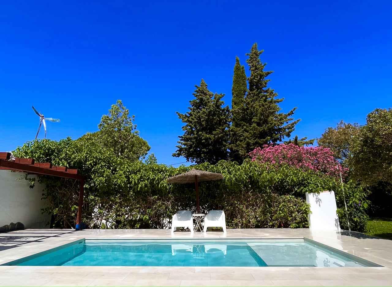 Casa de los alambiques, casa vacacional con piscina en Chiclana, Cádiz