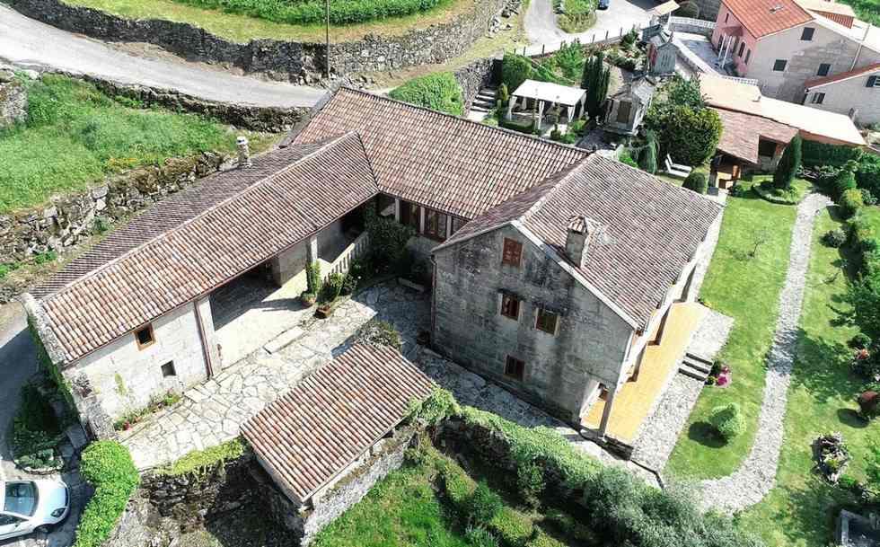 Casa rural Magina, Rias Baixas, Pontevedra. Casa Magina ideal grupos, 5 habitaciones, Ventín, Pontevedra.