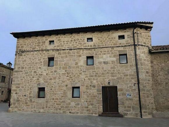 Casa Rural El Pastor para 16 personas con piscina y barbacoa en Ros, Burgos