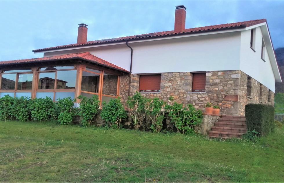 Casa La Granda, alojamiento rural en Colunga, Asturias