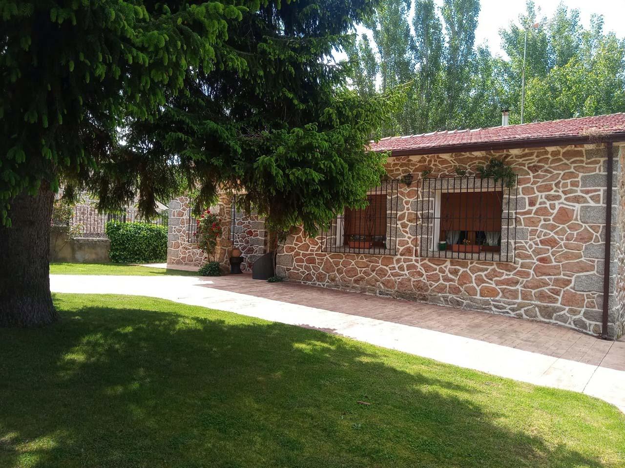 Alquiler de Casa La Tata en Otero de los Herreros, Segovia