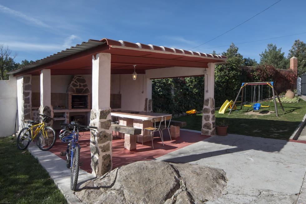 Casa Lentini, casa rural con barbacoa en Avila, Martiherrero, Valle de Amblés