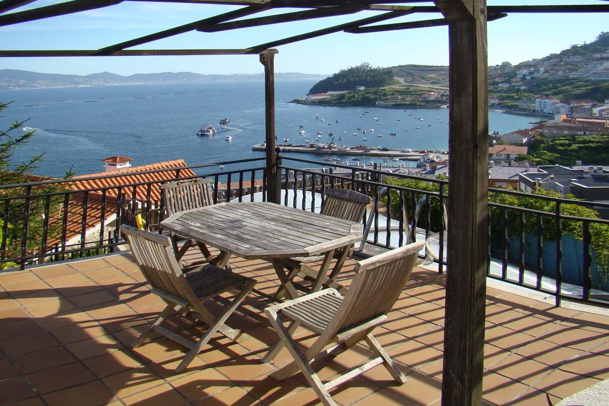 Alquiler de casa con piscina privada en Raxó, junto a la ría de Pontevedra
