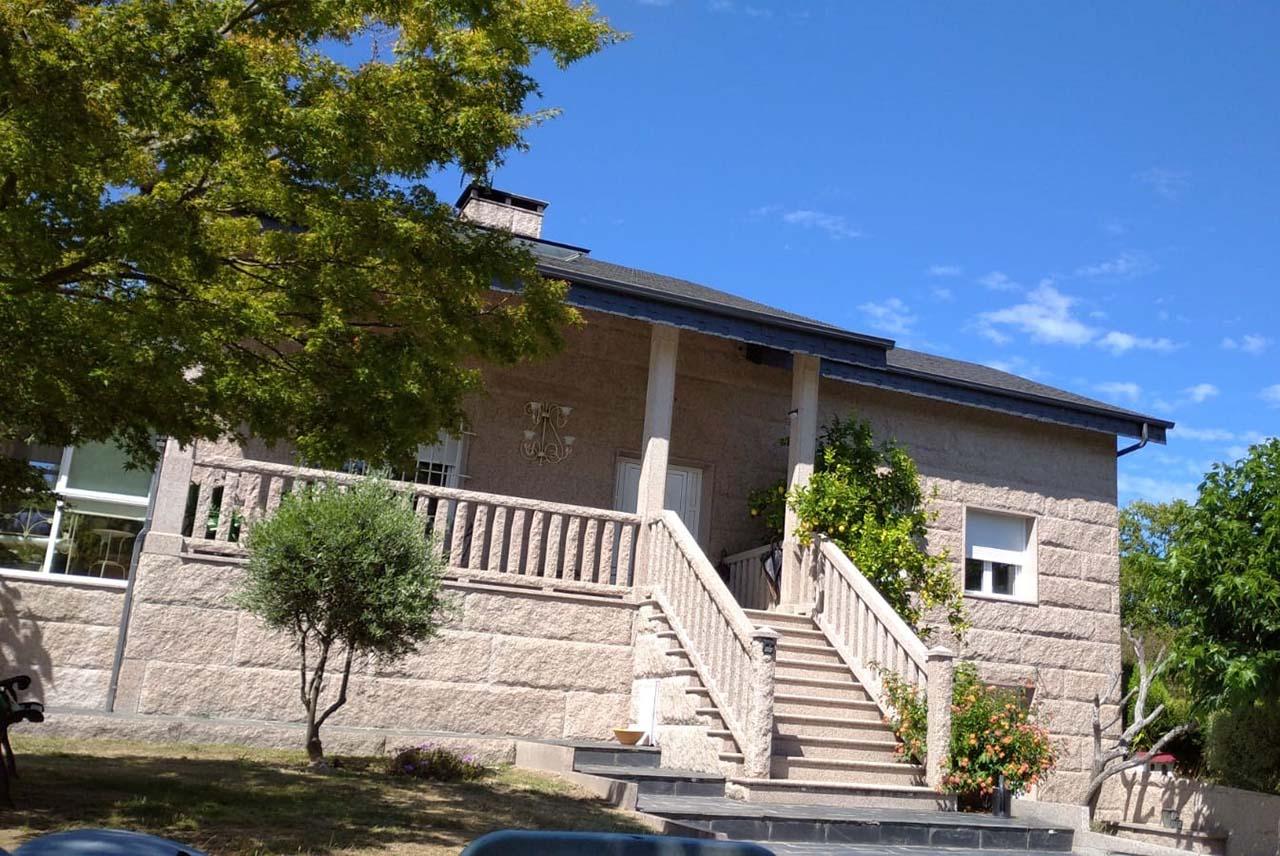 Casa Raposeira, alquiler de casa rural en Ourense, Parada