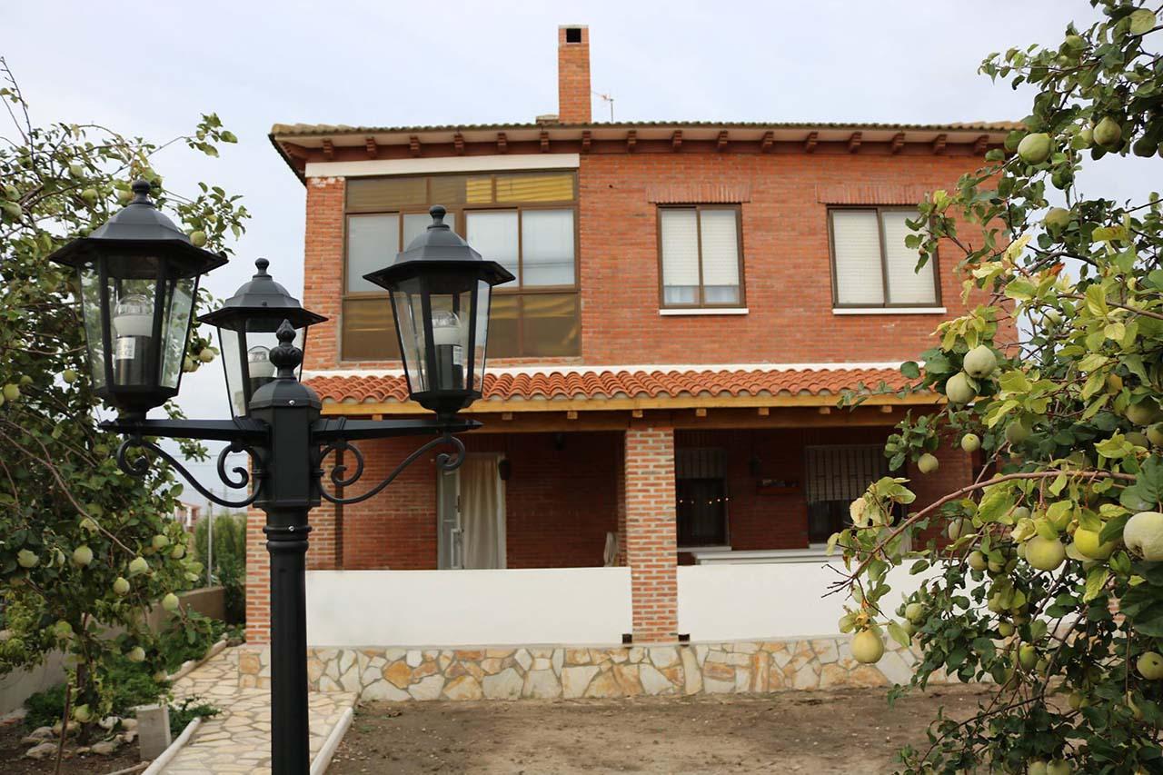 Casa Rural Alaejos, casa rural con jardín y barbacoa en Alaejos, Valladolid
