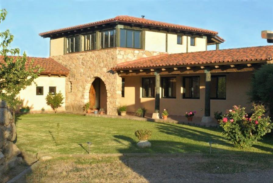 Casa Rural Amaltea, casa con finca en Candeleda, Gredos, Avila