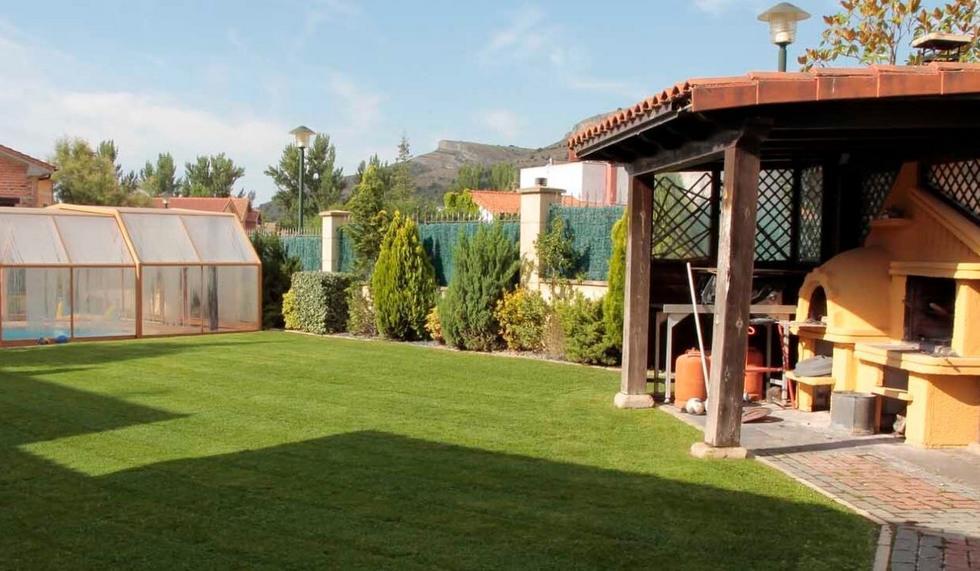 Alojamiento rural con piscina cubierta, Casa Rural El Italiano en Fuentetoba, Soria