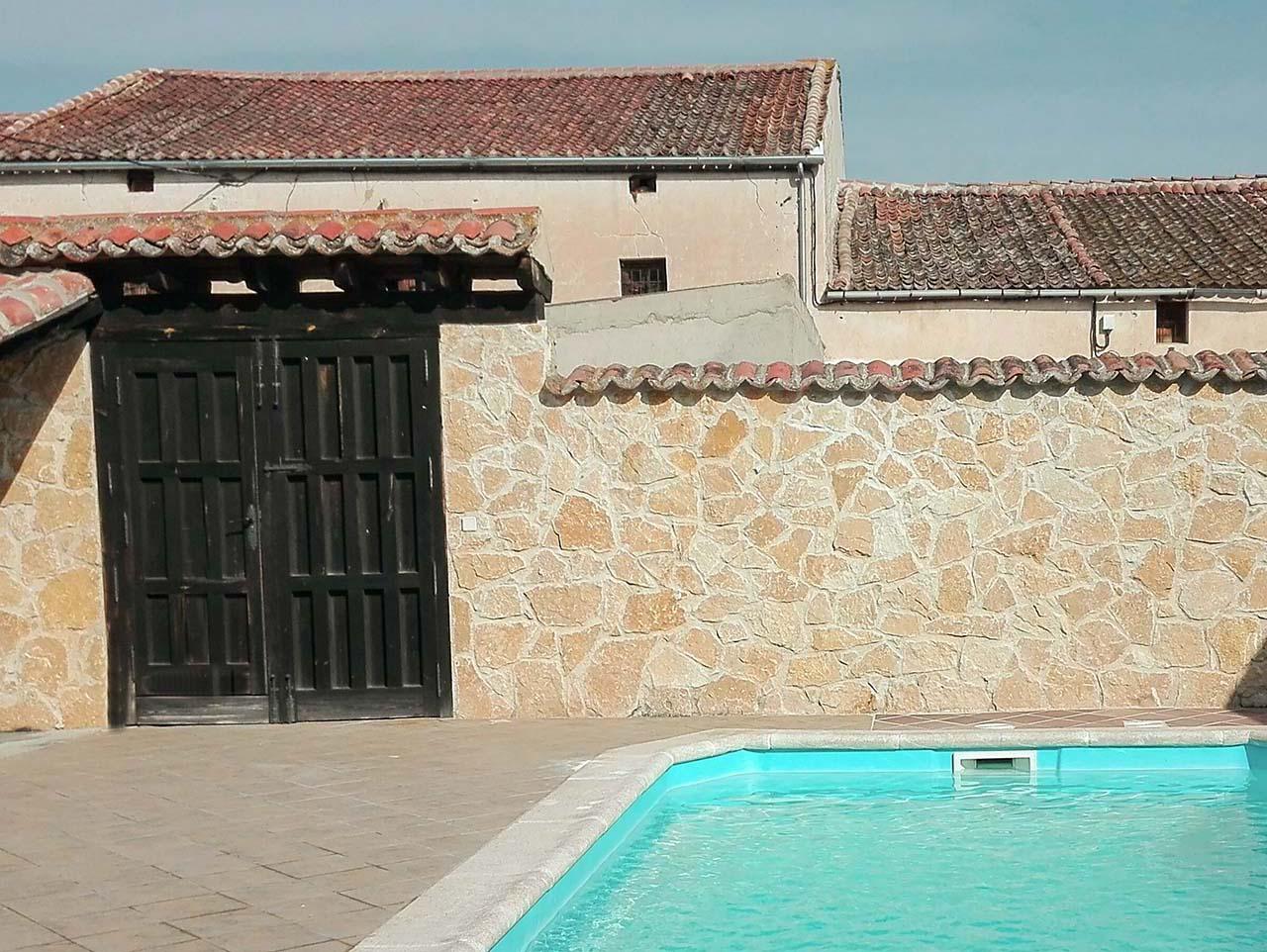 Casa Rural El Recuenco en Adrada de Pirón, Segovia.