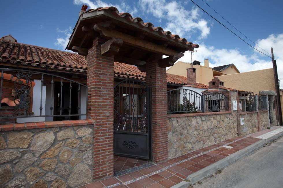 El Silo, casa rural con patio y barbacoa en Muñana, Avila