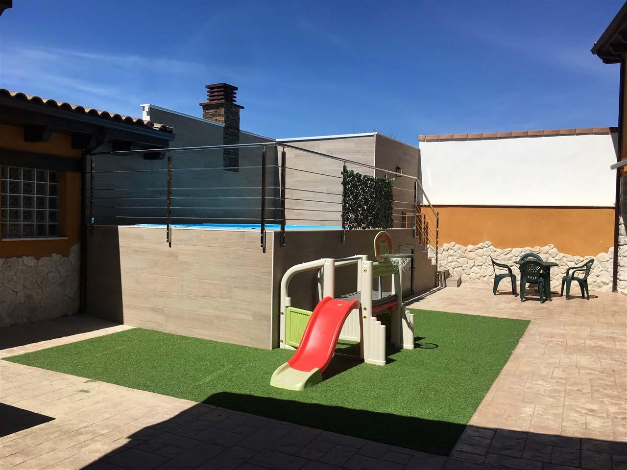 Casa Rural Regidor II en la Ribera del Duero, casa grande para 27 personas con sala de juegos,  Rábano, Valladolid