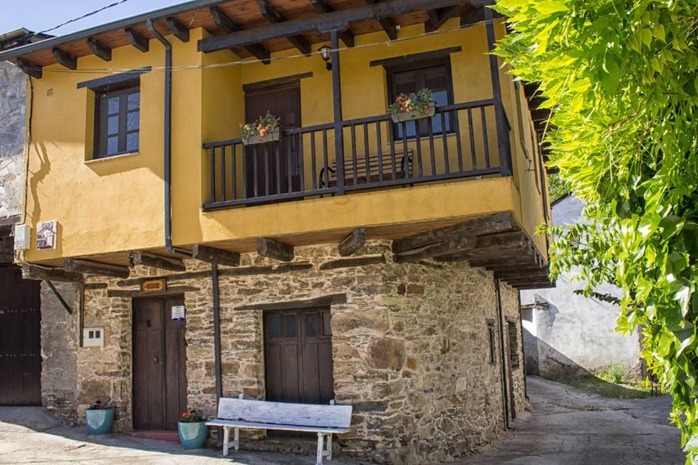 Casa Rural El Susurro en El Bierzo, Ponferrada, León Ref: casaelsusurro