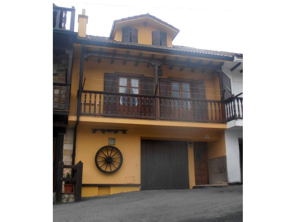 Las Cortes, casa rural en Treceño, Cantabria