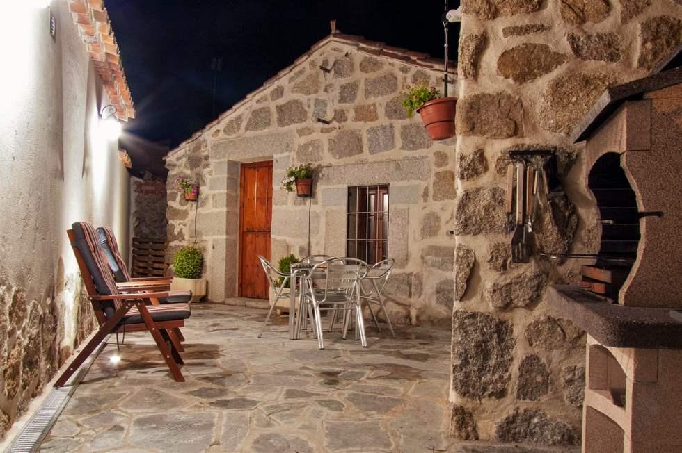 Casa Rural El Berrueco, casa rural con jacuzzi en Avila
