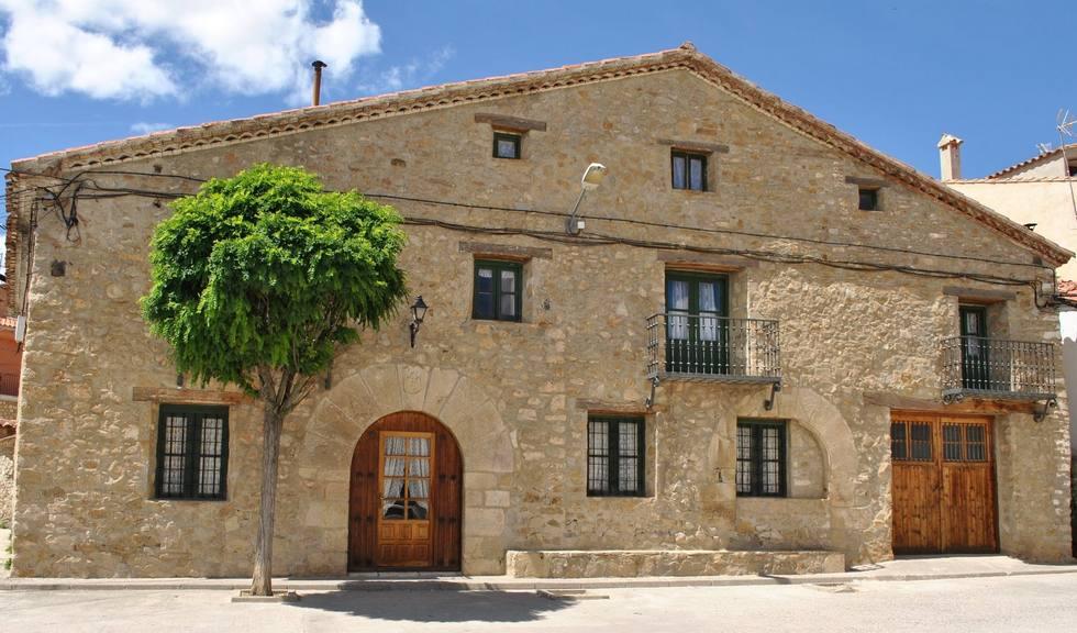 Casa Rural Julio para grandes grupos en la Sierra de Albarracín, Terriente, Teruel Ref: casaruraljulio